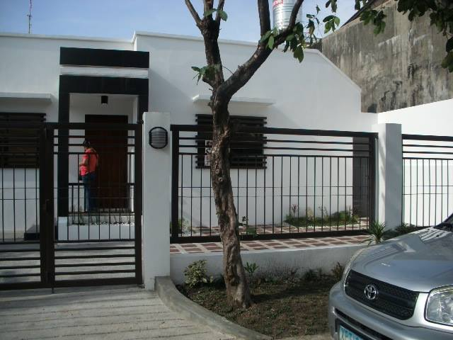 FOR SALE: House and lot in Paranaque, Philippines