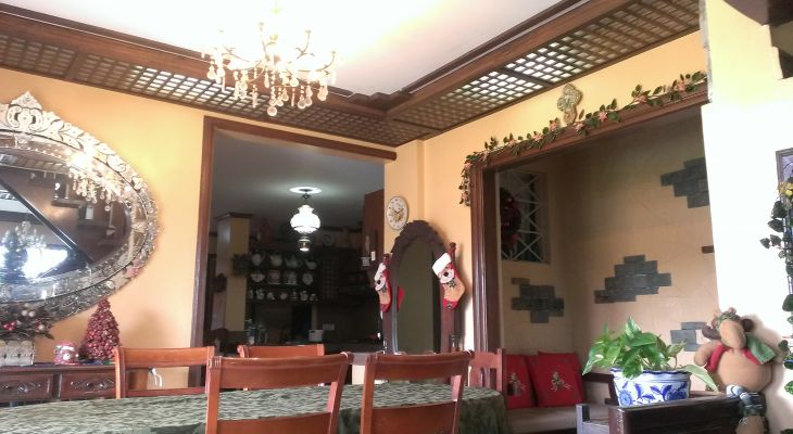 FOR SALE: Tagaytay – Beautiful Vacation Home FOR SALE: Tagaytay – Beautiful Vacation Home