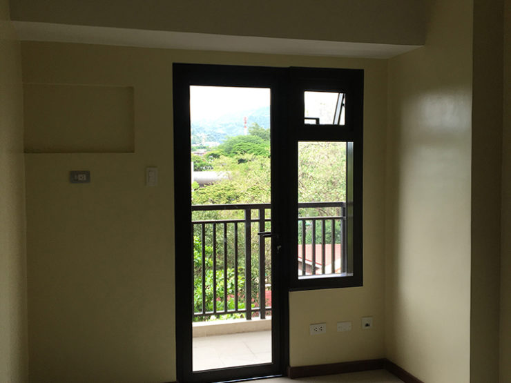 Azalea Place, Lahug, Cebu – 1BR with Balcony, Condominium Philippines