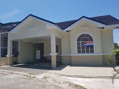 FOR SALE: Beautiful 3BR House La Marea (Near SLEX San Pedro)
