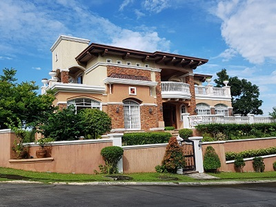 FOR SALE: Beautiful 5BR House in Ayala Greenfield Estates