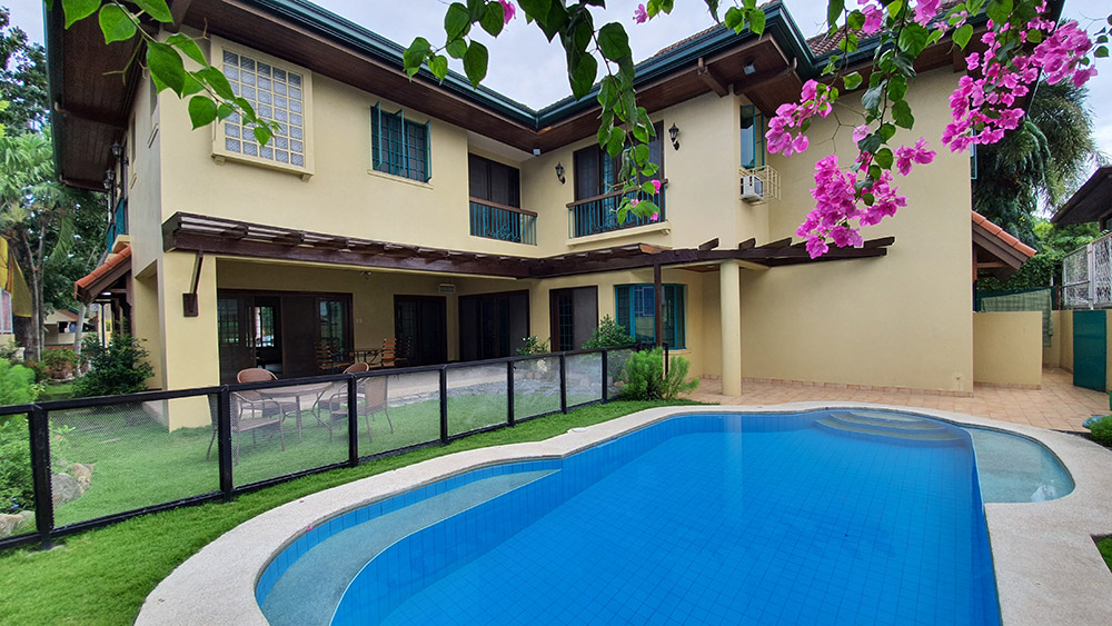FOR RENT: 4BR House with Swimming Pool – Ayala Alabang Village