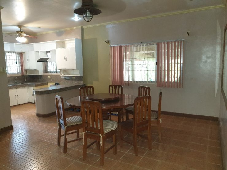 FOR SALE: 5BR House – Tagaytay Farmville (Near Tagaytay Highlands)