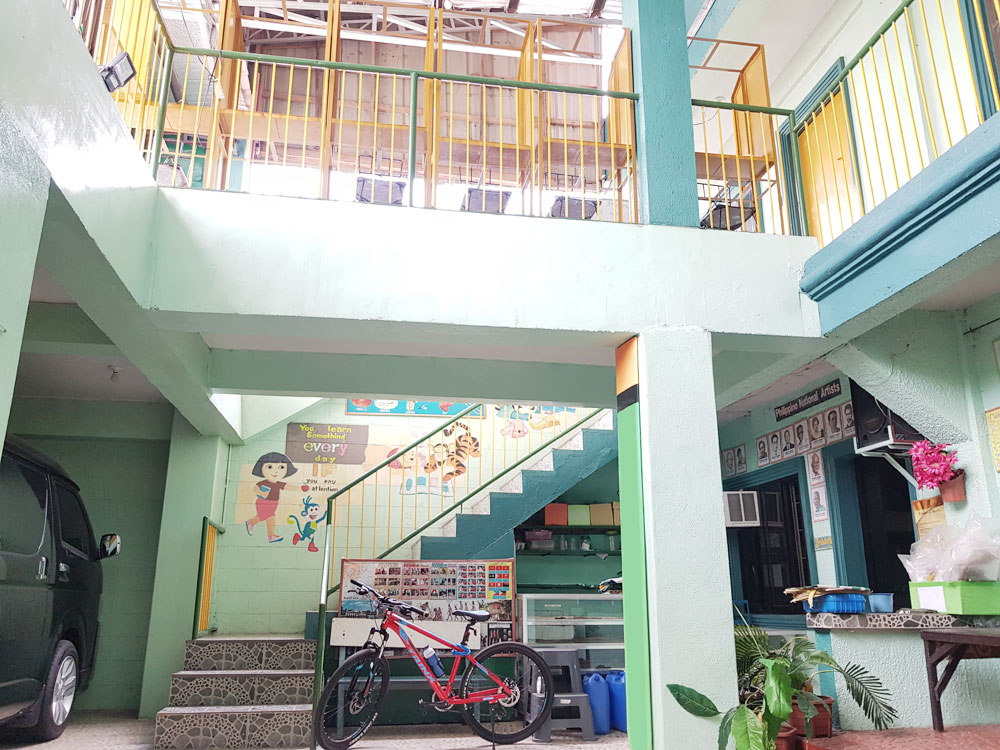 FOR SALE: Commercial Building (School) TS Cruz Las Pinas