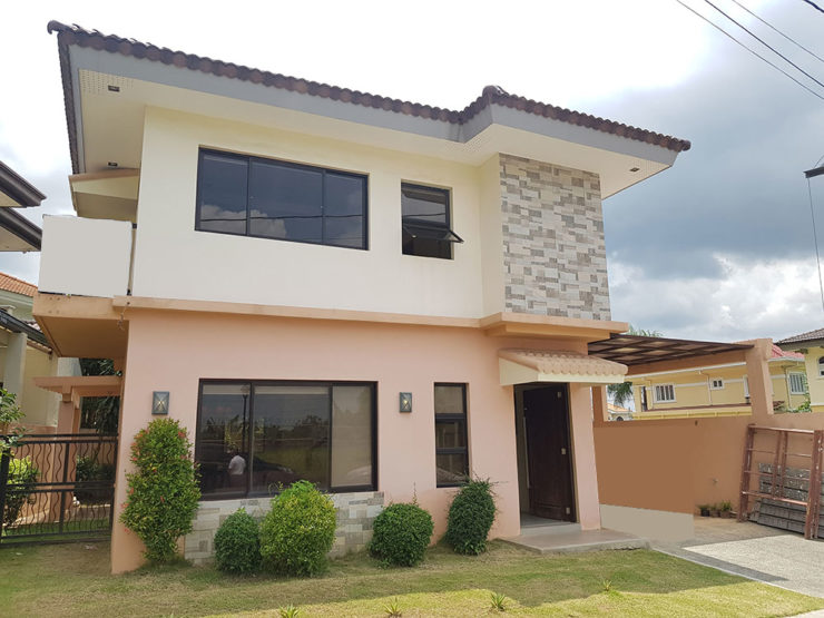 FOR SALE: 3BR House The Villas – South Forbes
